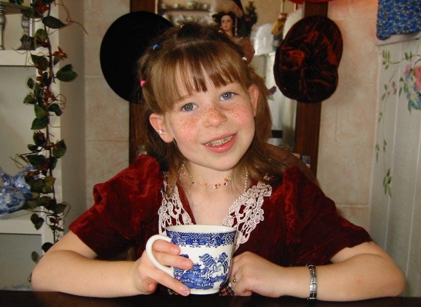 Bday tea at 8